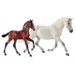 Breyer Traditional 1777 - Fantasia Del C and Gozosa SCS