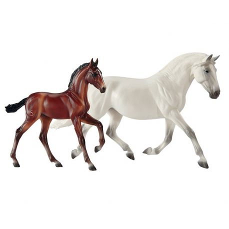 Breyer Traditional 1777 - Fantasia Del C and Gozosa