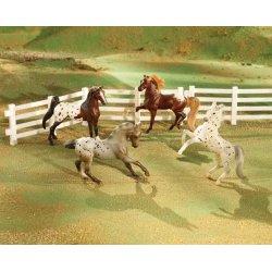 Breyer Stablemates 5979 - Polka Dot Parade - 4 konie tarantowate