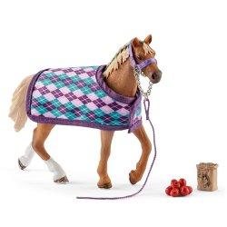 Schleich 42360 - Koń pełnej krwi angielskiej z akcesoriami