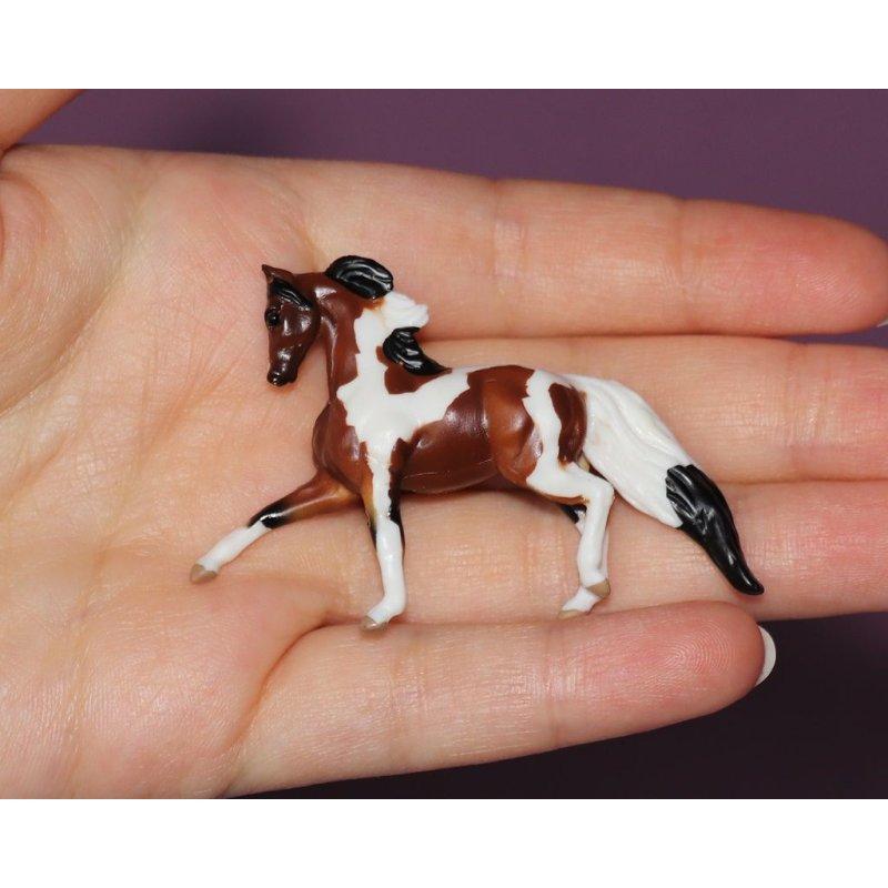 Breyer Mini Whinnies - Koń Izzy