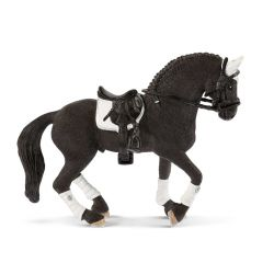 Schleich 42457 - Koń fryzyjski wałach na turniej
