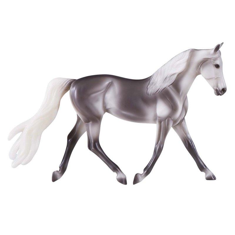 Breyer Classics 956 - Koń saddlebred siwy