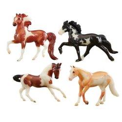 Breyer Stablemates 5396 - Zestaw 4 konie świecące w ciemności