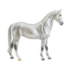 Breyer Classic 960 - Koń trakeński siwy