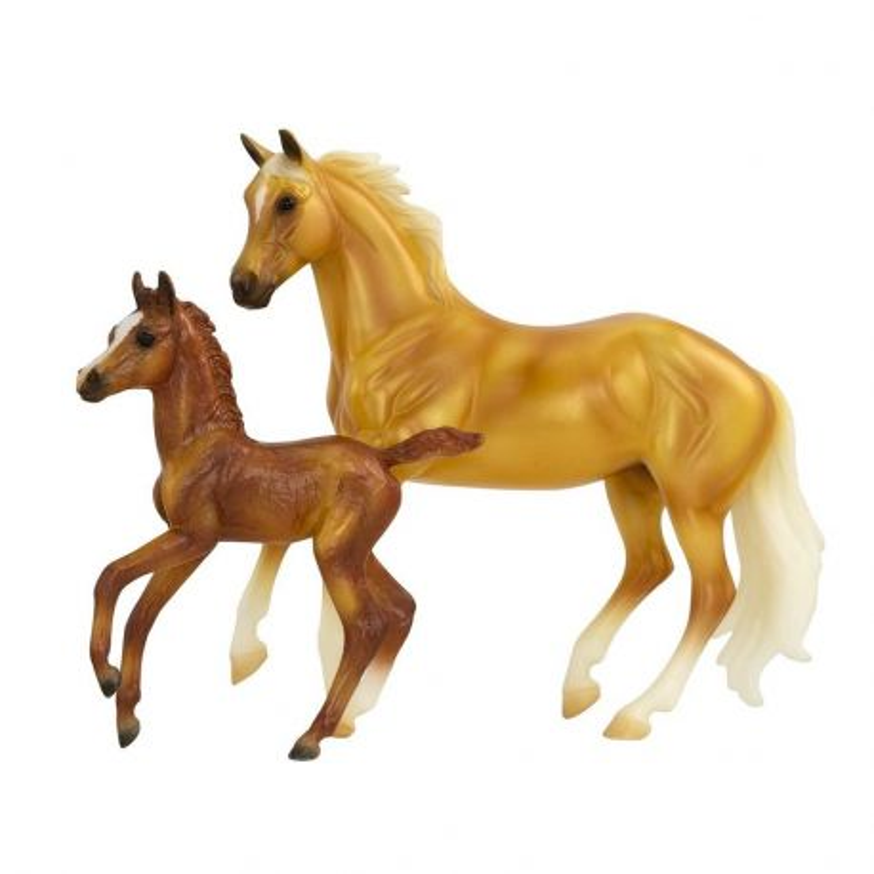 Breyer Classics 62301 - Koń i źrebak z zestawu urodziny